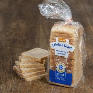 Dinkel-Toastbrot geschnitten