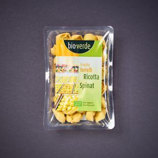 Frische Tortelli mit Ricotta & Spinat